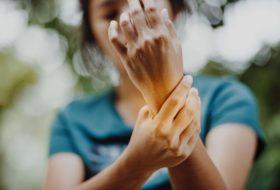 Bio-psiho-socialni pogled na bolečino